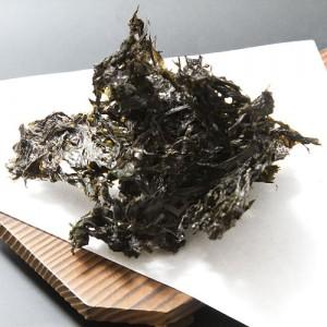 一般の海苔とはひと味違う、磯の香り漂う風味豊かな海苔です。